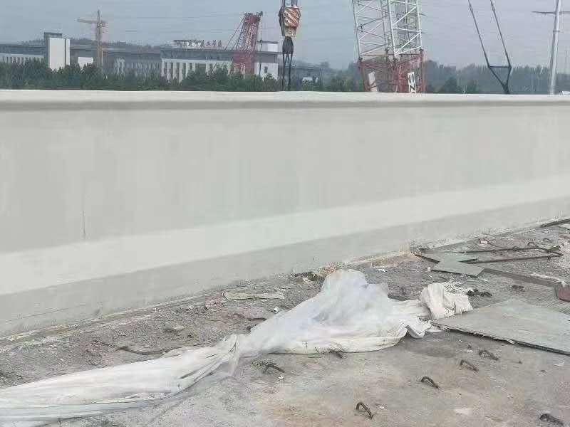 機場高速防撞墩混凝土防碳化涂料精美施工